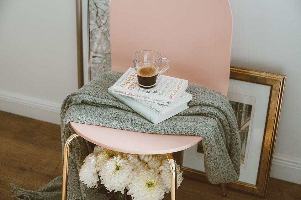 Mesas vintage para crear interiores con encanto 2