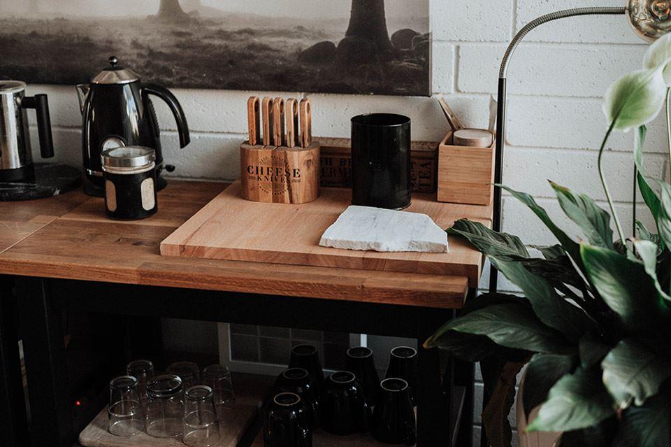 Mesas vintage para crear interiores con encanto 1